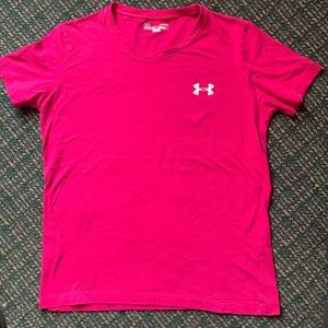 Woman's Under Armour T-Shirt